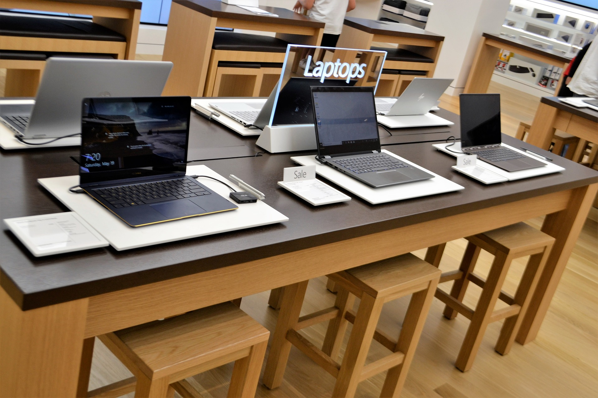 laptop-3877800_1920